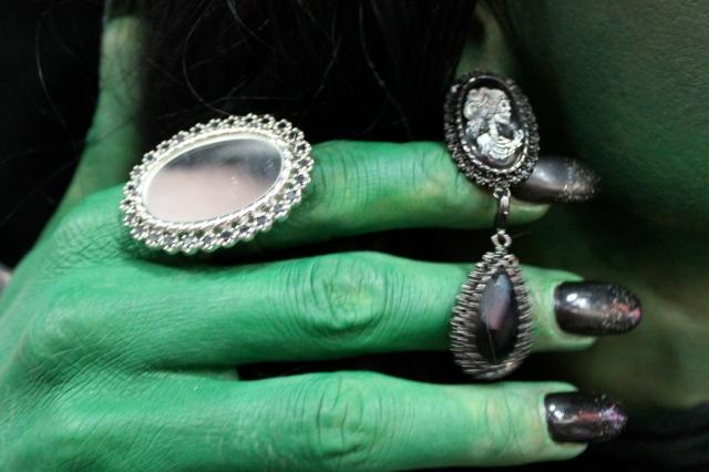 evilpawnjewelry